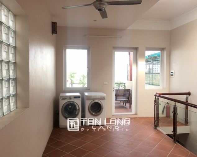Beautiful house for rent in Tu Hoa street, Tay Ho dist 4