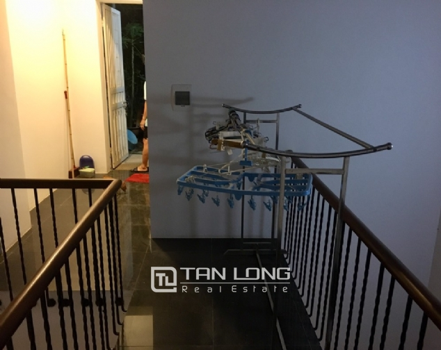Beautiful house for rent with 5 bedrooms on Lac Long Quan - Au Co street, Tay Ho district! 2