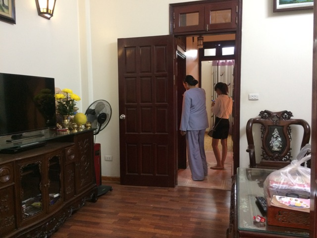 Beautiful house in Au Co str., Nhat Tan, Tay Ho dist., Hanoi for lease.