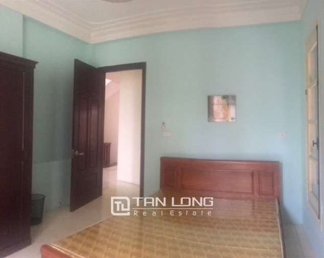 Beautiful house in Yen Phu street, Tay Ho district, Hanoi for rent 4