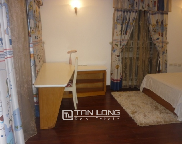 Beautiful penhouse in p2, ciputra, Tay Ho, Hanoi for lease 7