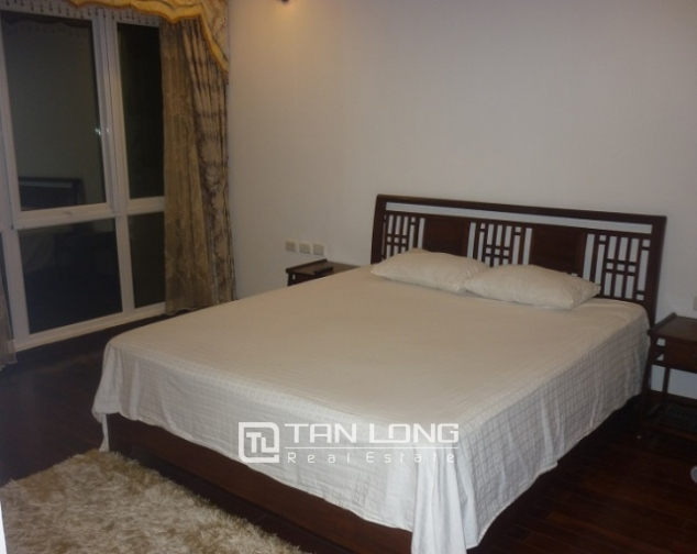 Beautiful penhouse in p2, ciputra, Tay Ho, Hanoi for lease 3
