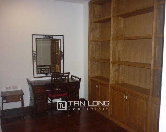 Beautiful penhouse in p2, ciputra, Tay Ho, Hanoi for lease 6