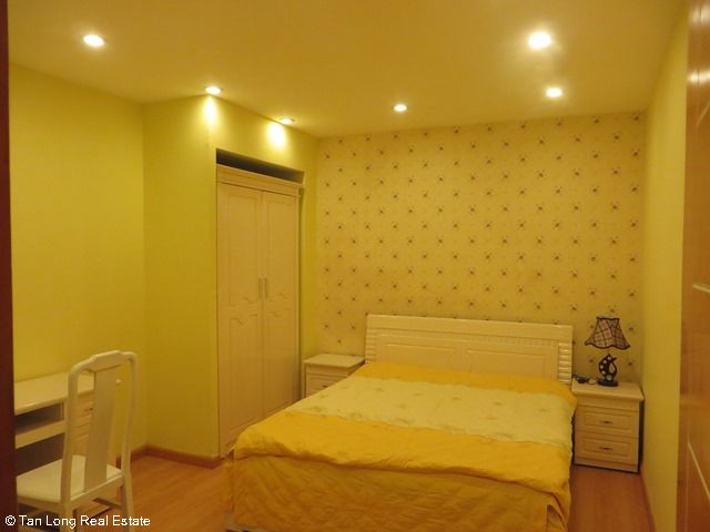 Beautiful serviced apartment for rent in Ngoc Lam street, Long Bien district 5