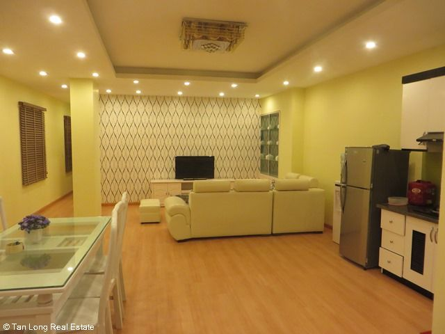 Beautiful serviced apartment for rent in Ngoc Lam street, Long Bien district 8