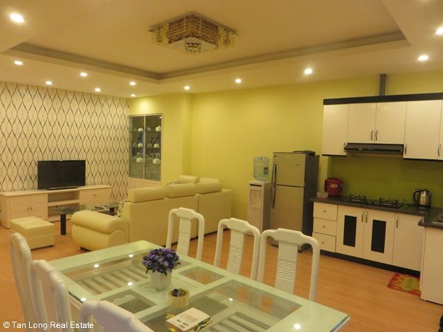 Beautiful serviced apartment for rent in Ngoc Lam street, Long Bien district 9