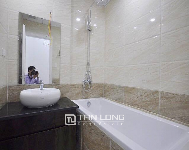Beautiful serviced apartment for rent in Tran Thai Tong street, Cau Giay district, Hanoi 4