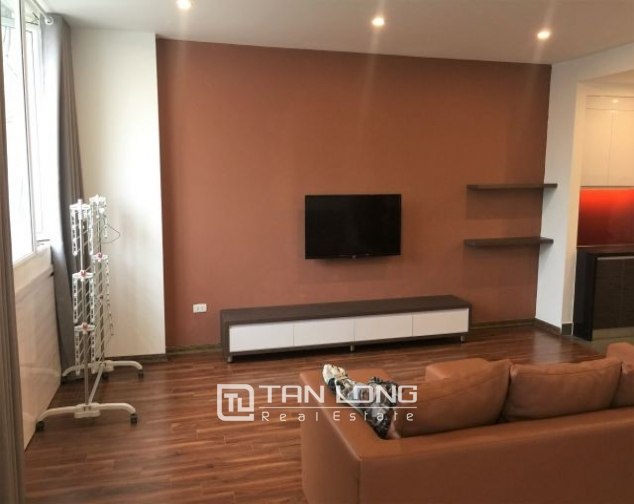 Beautiful serviced apartment in Do Hanh Street, Hai Ba Trung dist , hanoi for lease 2
