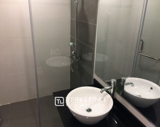 Beautiful serviced apartment in Do Hanh Street, Hai Ba Trung dist , hanoi for lease 7