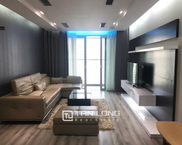 Beautiful view apartment Manderin Garden, Tran Duy Hung street Cau Giay district, Hanoi for lease 1