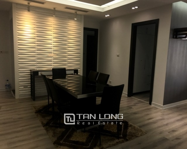Beautiful view apartment Manderin Garden, Tran Duy Hung street Cau Giay district, Hanoi for lease 3