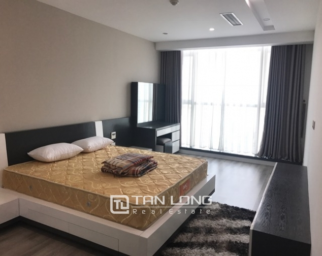 Beautiful view apartment Manderin Garden, Tran Duy Hung street Cau Giay district, Hanoi for lease 9