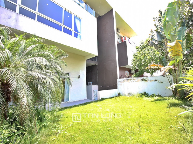 Beautiful villa for rent in Q Ciputra 1