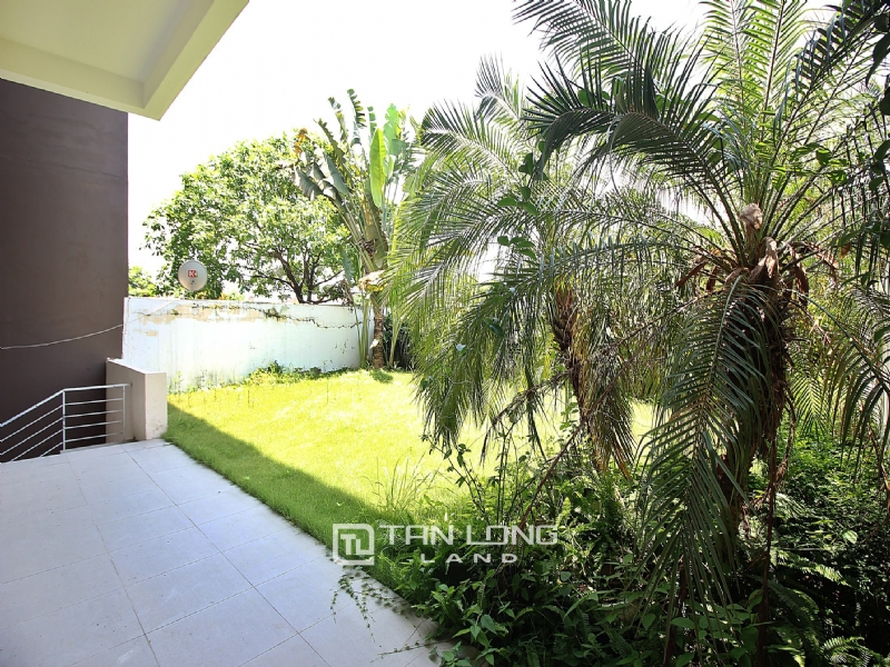 Beautiful villa for rent in Q Ciputra 15