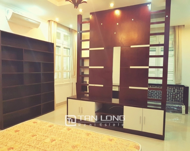 Beautiful villa in T4 Ciputra, Tay Ho district for rent 6