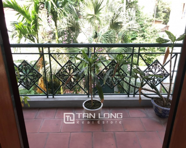 Beautiful villa with garden and swimming pool in Tay Ho district! 5
