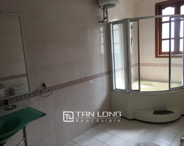 Beautiful villa with garden and swimming pool in Tay Ho district! 2