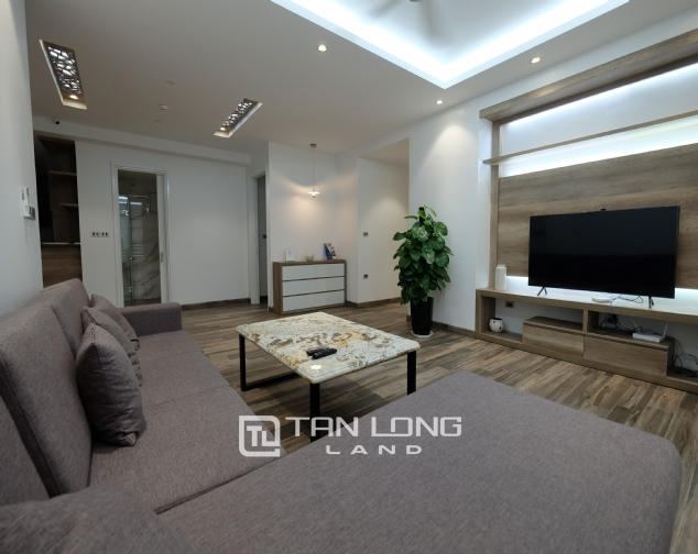 Beautiful Western 4 bedroom apartment for rent in block E4, Ciputra! 5