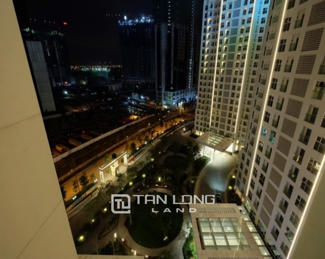 Best price and modern 2 bedroom apartment for rent in L tower The Link Ciputra urban area 10