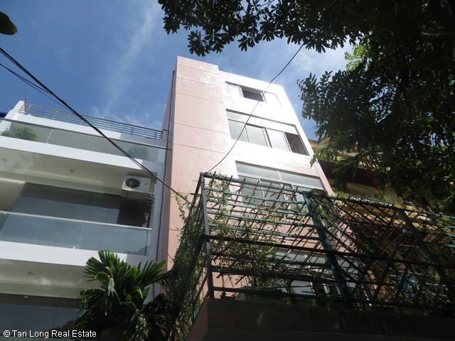 Big 5-storey house for rent in Khuat Duy Tien, Thanh Xuan, Hanoi 1