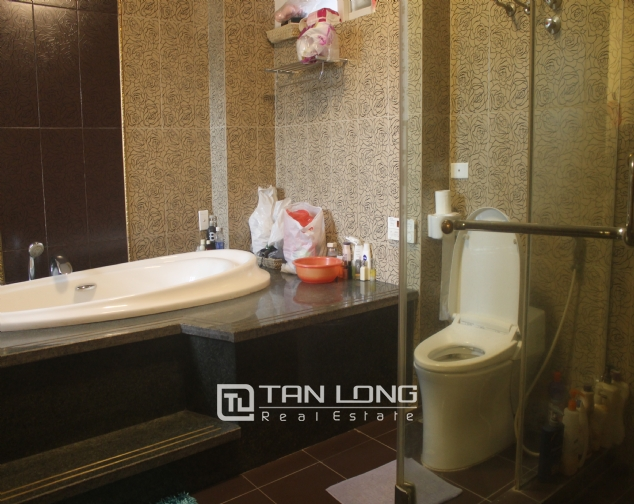 Big house in Thuy Khue street, Tay Ho district for rent. 4