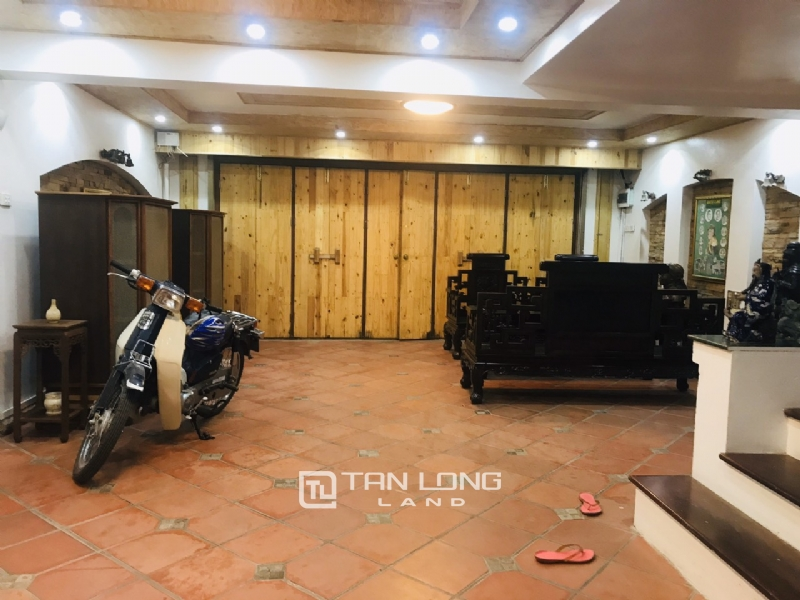 Big house with 4 bedrooms for rent on Au Co street, Tay Ho district 11