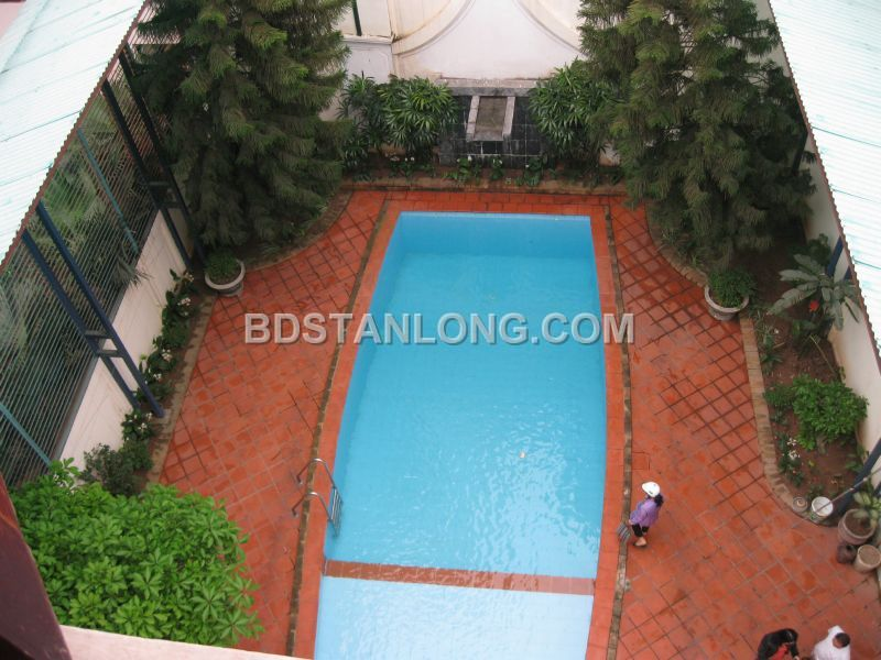 Big villa with 05 bedrooms in Tay Ho street is available now