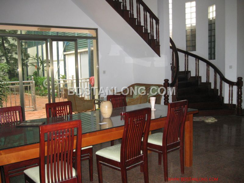 Big villa with 05 bedrooms in Tay Ho street is available now 4