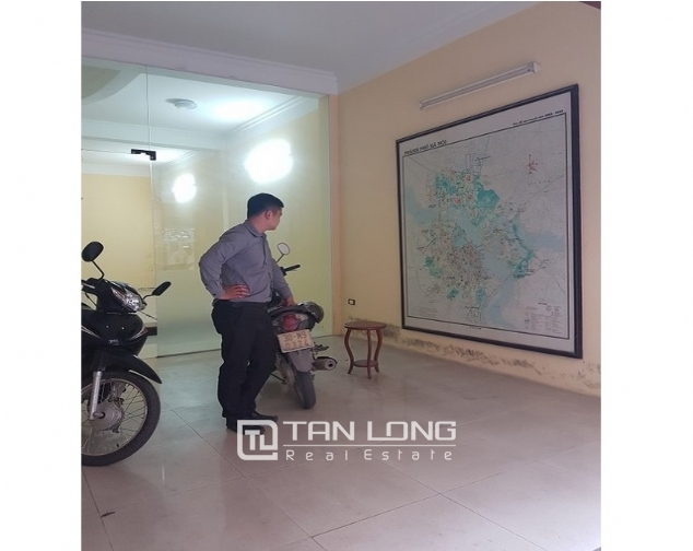 Bight house in Chelsea park, Trung Kinh, Cau Giay district, Hanoi for lease 2