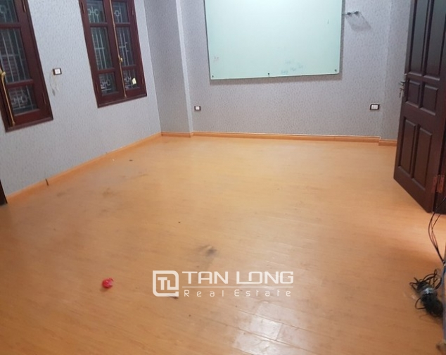 Bight house in Chelsea park, Trung Kinh, Cau Giay district, Hanoi for lease 9