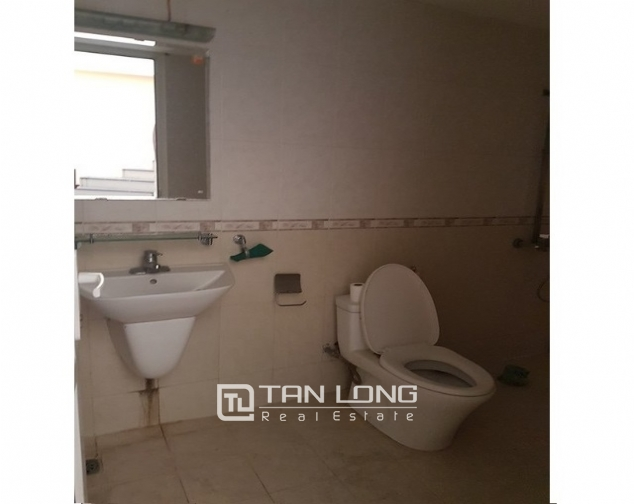 Bight house in Chelsea park, Trung Kinh, Cau Giay district, Hanoi for lease 4
