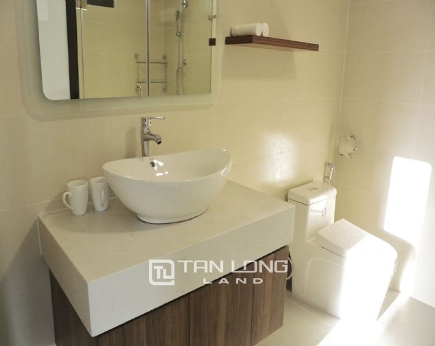 Brand new 2 bedroom apartment for rent on Xuan Dieu street, Tay Ho 9