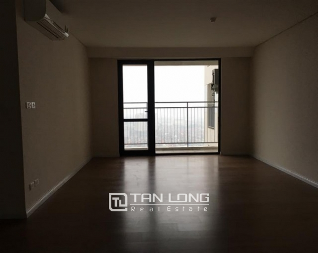 Brand new 3 bedroom apartment for rent in Mipec Riverside, Long Bien district 2