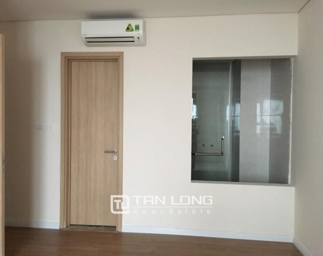 Brand new 3 bedroom apartment for rent in Mipec Riverside, Long Bien district 5