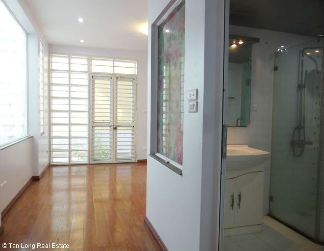 Brand new 4 bedroom house for rent in Dang Thai Mai, Tay Ho, Hanoi 5