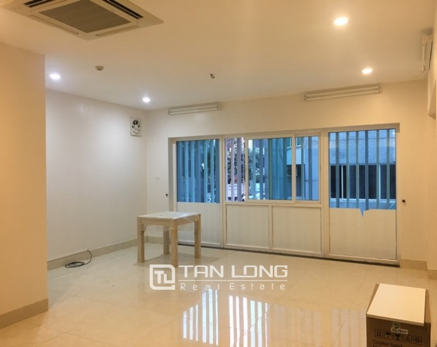 Brand new apartment for rent on Thuy Khue Street 1