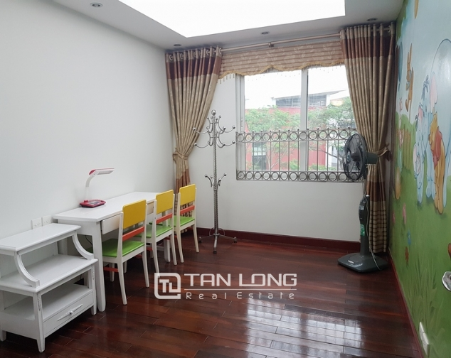 Brand new apartment with 4 bedrooms for rent in Ciputra 4