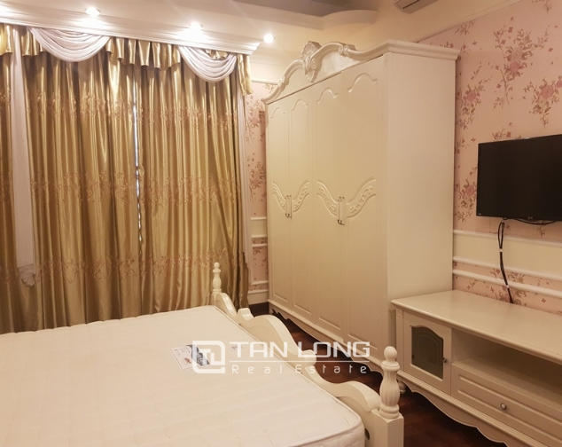 Brand new apartment with 4 bedrooms for rent in Tay Ho 5