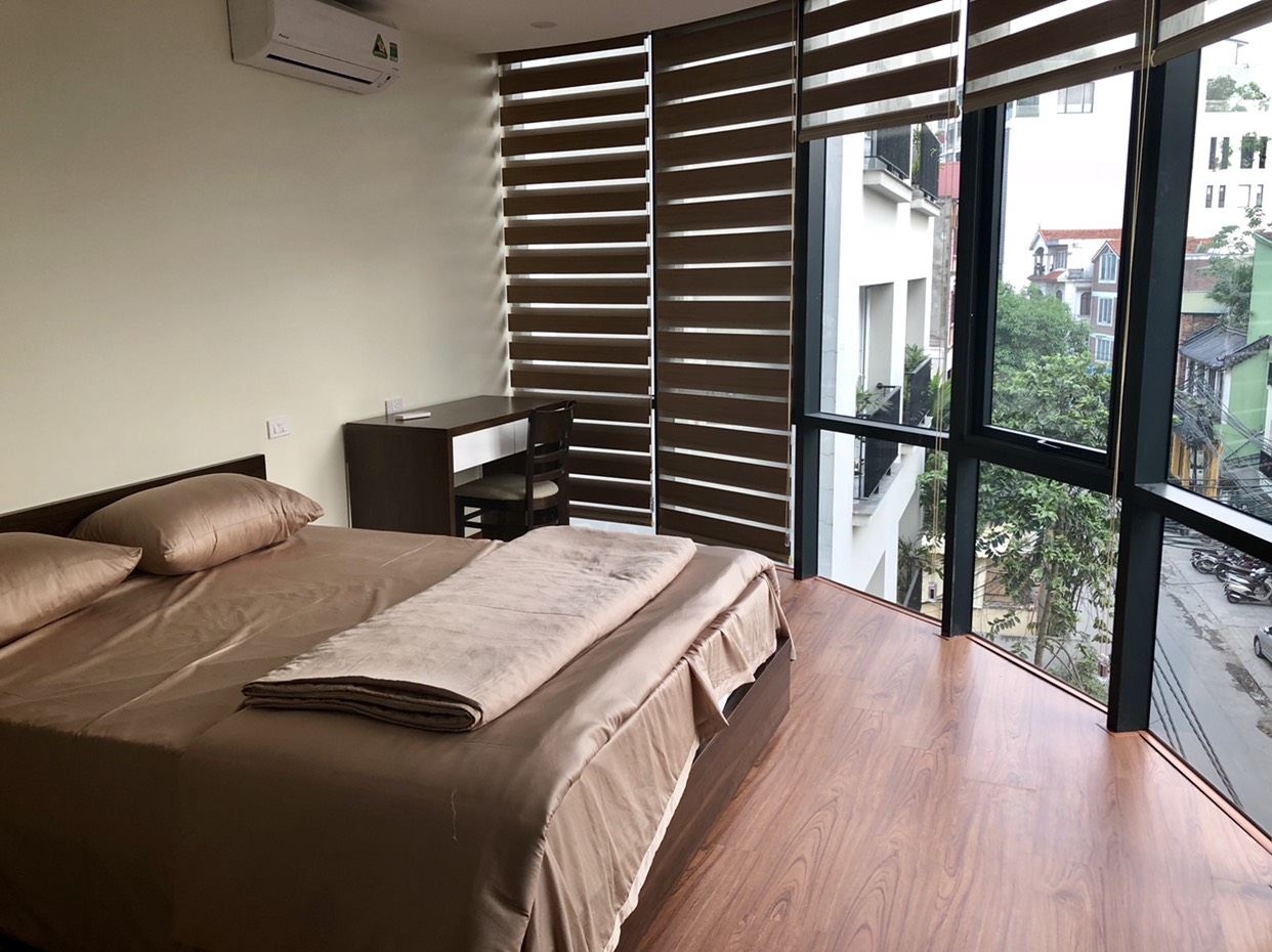 Brandnew apartment for rent on To Ngoc Van main road for rent!