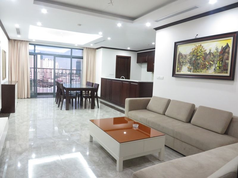 Brand-new apartment to rent on high-rise building in Ba Dinh district.