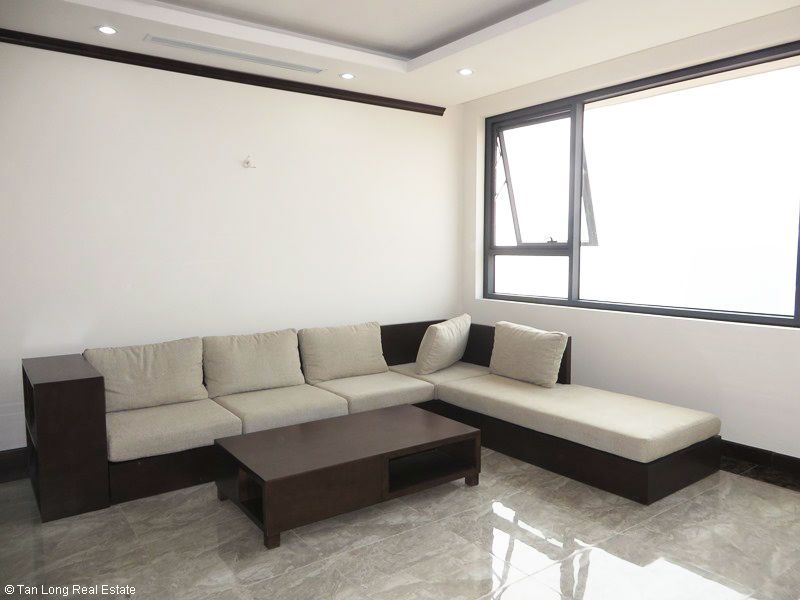 Brand-new furnishing apartment on high-rise building in Ba Dinh district to rent 2