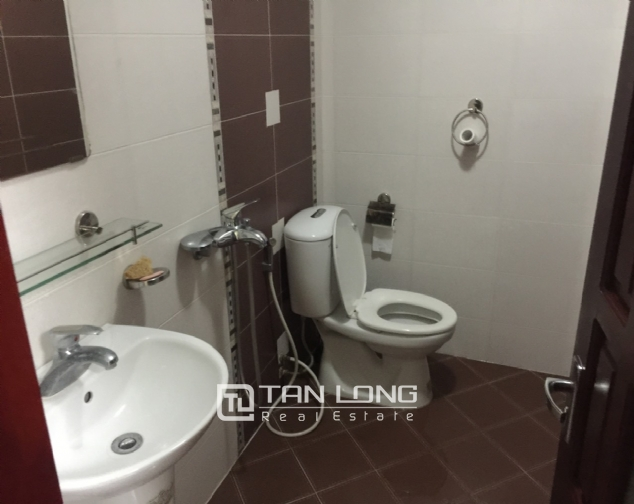 Brand-new house for rent near Ba Mau Lake, Dong Da district! 8