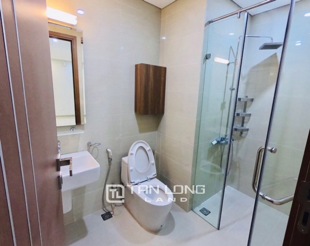 Bright 2 bedroom furnished apartment on high floor for rent in L4 The Link Ciputra 5