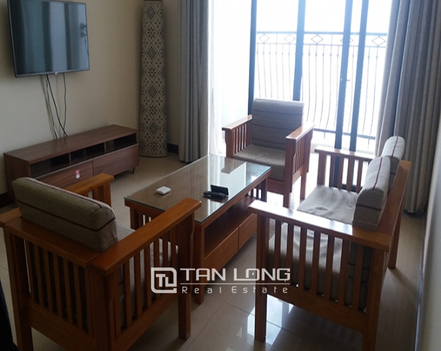 Bright 3 bedroom apartment for rent in R2 Vinhomes Royal City, Thanh Xuan dist 4
