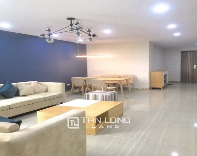 Bright and nice 3 bedroom apartment for rent in L4 The Link Ciputra 2