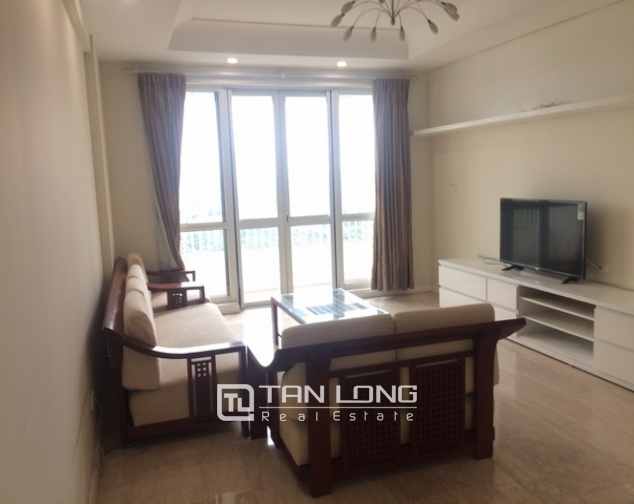 Bright and spacious 4 bedroom apartment for rent in P2 Ciputra 3