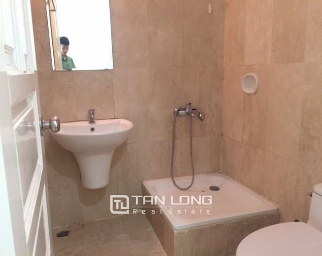 Bright and spacious 4 bedroom apartment for rent in P2 Ciputra 8