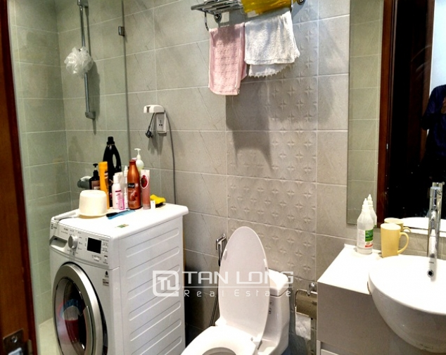 Bright and spacious two bedroom apartment for rent in R2, Royal City, Nguyen Trai str., Thanh Xuan dist., Hanoi 6