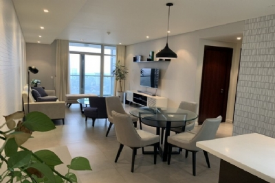Bright and Westlake view 2 bedroom apartment for rent in Watermark, Lac Long Quan street,Tay Ho district
