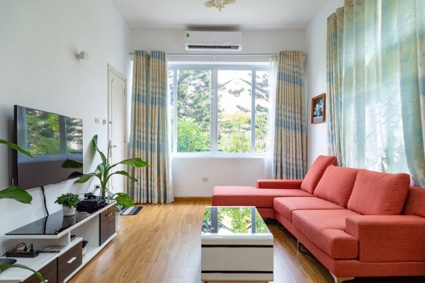 Bright apartment for rent in Au Co street, Tay ho district